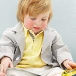 7 Cara Meningkatkan Minat Baca pada Anak