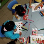 Mengajar Anak Usia TK Menulis